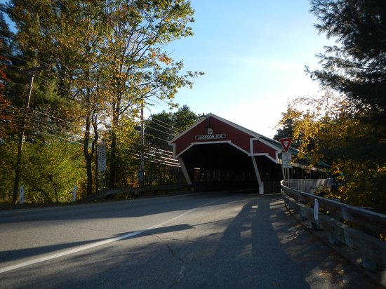 Snowflake Inn: The covered bridge leading into Jackson New Hampshire