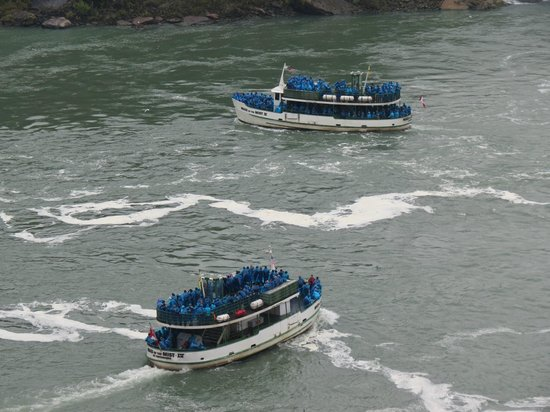 Comfort Inn Clifton Hill - Niagara Falls Hotel: Maid of the Mist boat tour