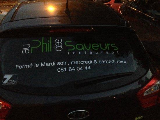 Au Phil des Saveurs : Véhicule du restaurant ...