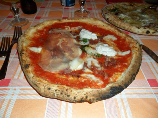 La Rustichella: Pizza Lasagna