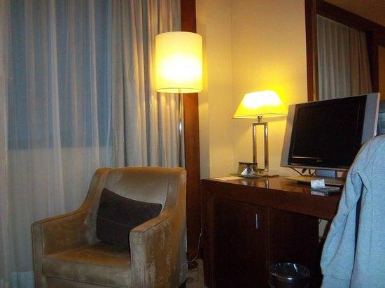 Hotel Nuevo Madrid: Habitación