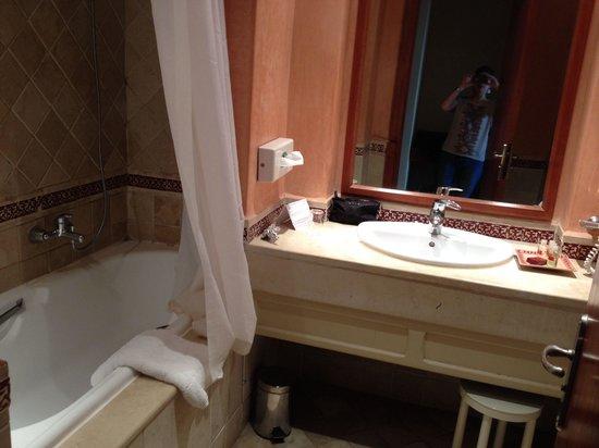 阿蘭布拉海水浴酒店照片