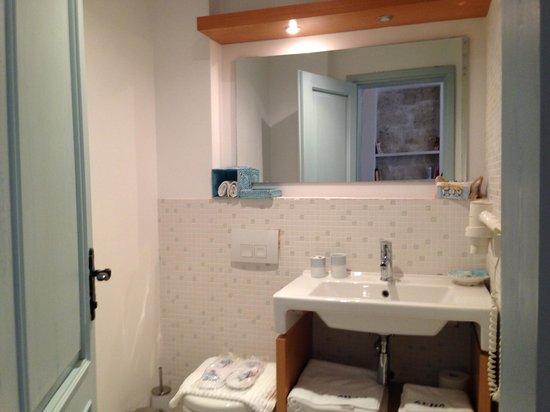 Alura Boutique Hotel: bathroom