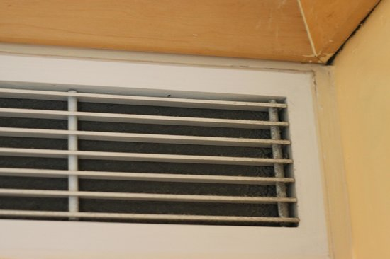Diamond Suites on Malta: dirty vents