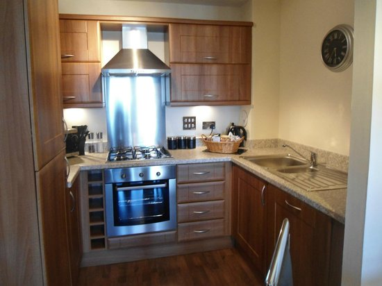 Oakhill Apartments: In room kitchen