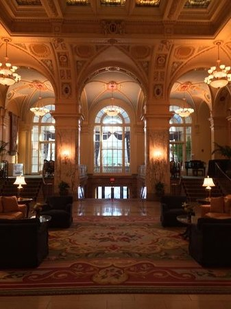 Hermitage Hotel: world class lobby