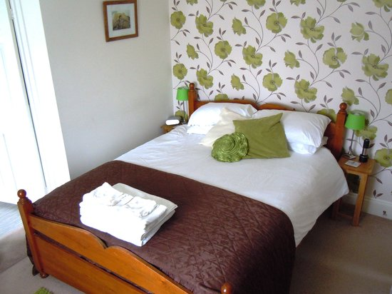Bredy House B&B: Double room with bath & shower
