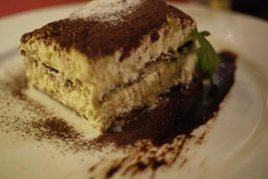 Cum Quibus : O tradicional tiramisu com sabor incomparável.