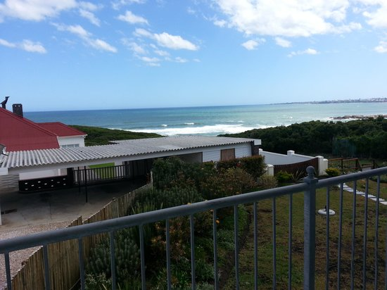Hermanus Beach Villa: View from Baleen Room B balcony