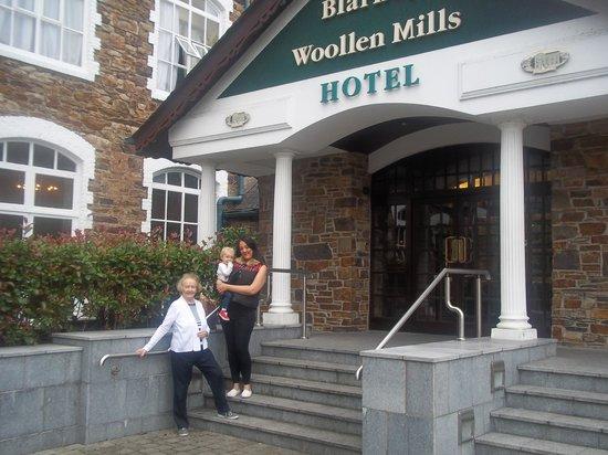 Blarney Woollen Mills Hotel : The front of Blarney