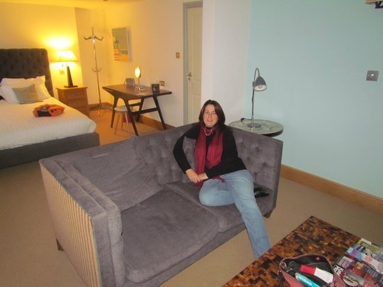 Browns Hotel Dartmouth: My wife starting to relax (she may kill me for posting this lol..)