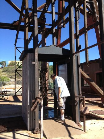 Audrey Headframe Park: Looking down the 1900 foot shaft