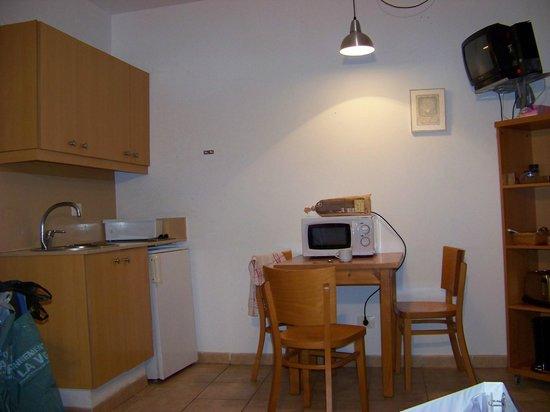 Apartamentos Dolores: coin cuisine