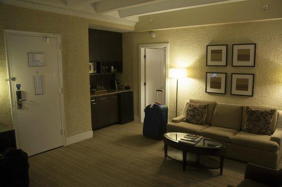 Raffaello Hotel: The living room of suite 501