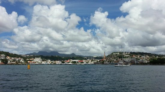 St. Lucian Wave Riders : Martinique from the boat!
