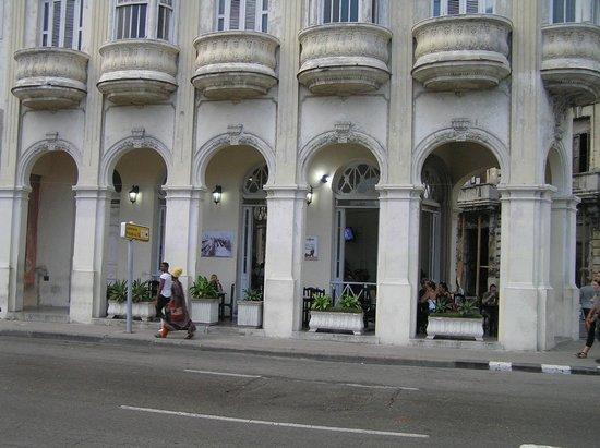 Paseo del Prado: Cafetería Prado Nº 12