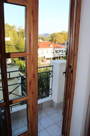 Hotel Pelops: view onto balcony