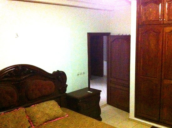 Villa Yasmine : bedroom with king size double bed ground floor