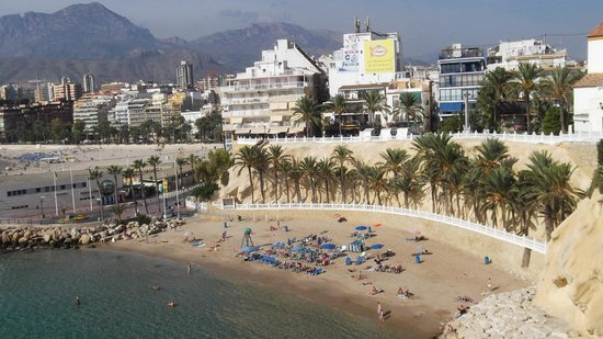 Poniente Beach: Beach