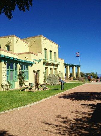 Douglas Mansion