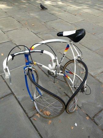 Context New York Tours: Bike Art