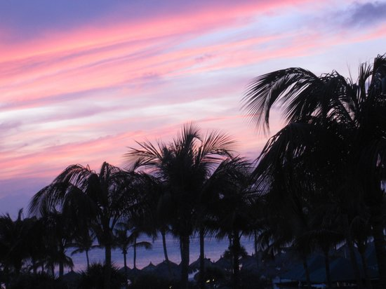 Marriott's Aruba Ocean Club : Sunset after sunset after sunset....