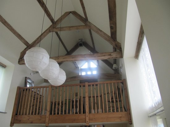 Llanwilcae Farm luxury Bed and Breakfast : Looking up !