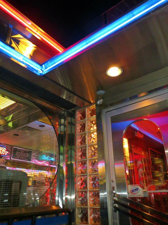 Route 9 Diner: love the neon!