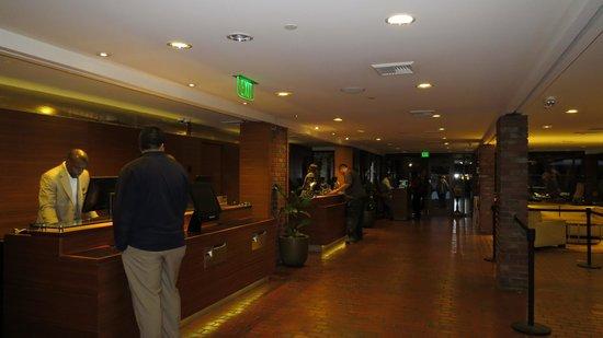 Hyatt Regency Monterey Hotel and Spa on Del Monte Golf Course: reception area
