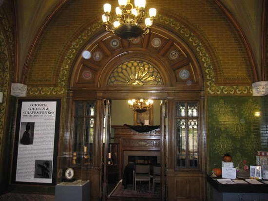 Museum of Early Trades & Crafts: One of the fireplaces
