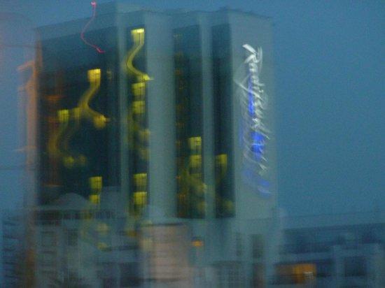 Radisson Blu Hotel, Port Elizabeth: outside