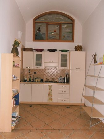 Casa Sorrentina: Kitchen