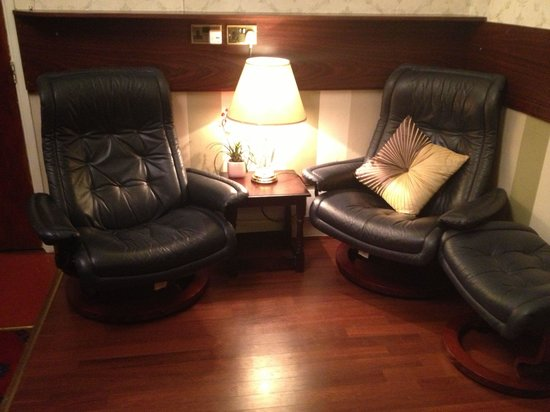 Tregenna Hotel: Comfy seats...