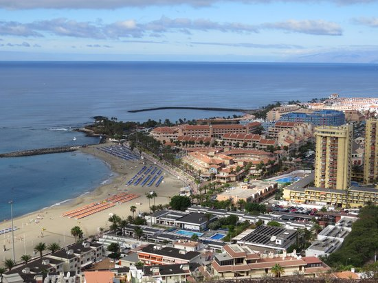 Hotel-Apartamentos Andorra: Los Cristianos into Las America's from Chayofita