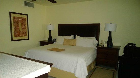 Casa del Mar Golf Resort & Spa: Beroom