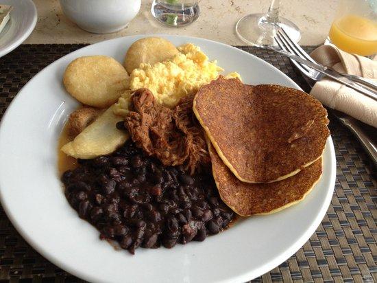 LIDOTEL Centro Lido Caracas: Desayuno Criollo