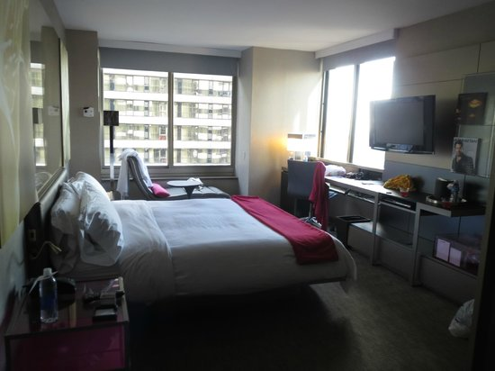 W New York - Times Square : Fabulous Room