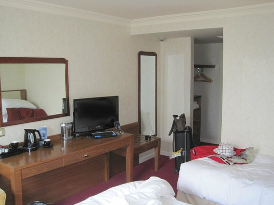 Salthill Hotel: Habitación