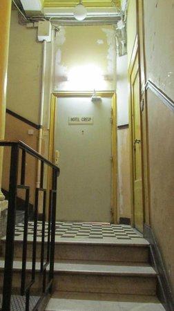 Hotel Cresp : entrada do hotel - 3º andar