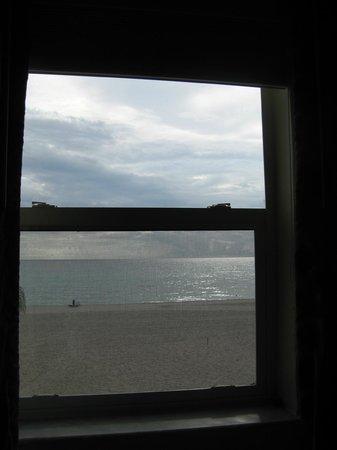 Manta Ray Inn : Room 206 - amazing ocean view!