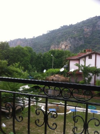 Dalyan Terrace Hotel: VIEW FROM ROOM TO KINGS TOMBS