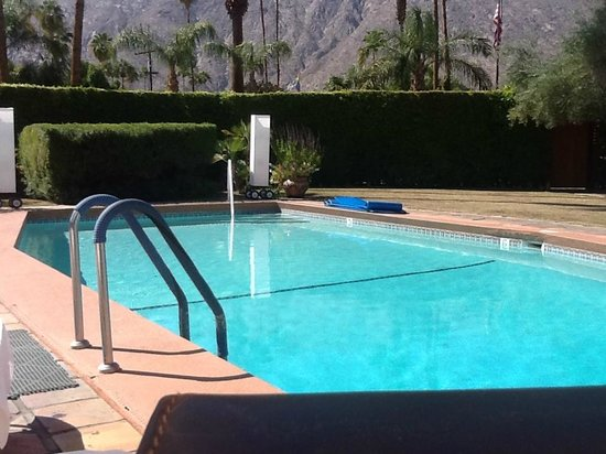 The Hacienda at Warm Sands: The front pool