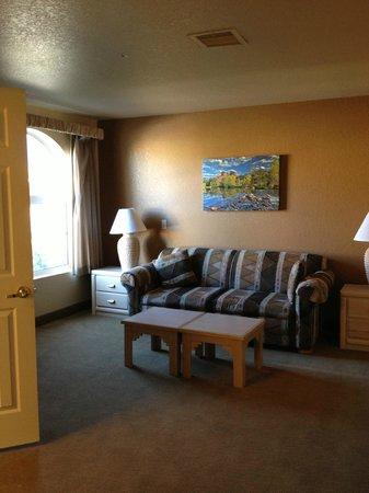 Sedona Springs Resort : Spacious Upstairs sitting area