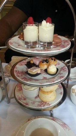 Francis Hotel Bath - MGallery by Sofitel: Afternoon tea