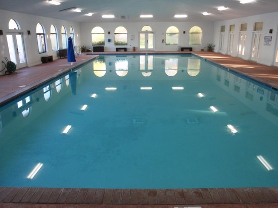 Red Mountain Resort: a great indoor pool, nearly to my self everyday