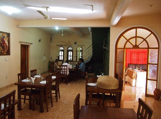 Nandawanam Guesthouse: The Dining Room