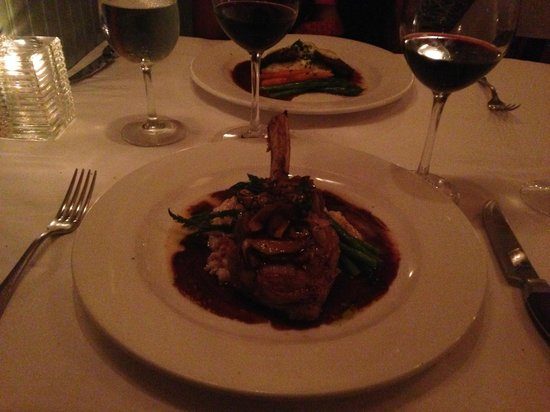 Lahaina Grill: Veal