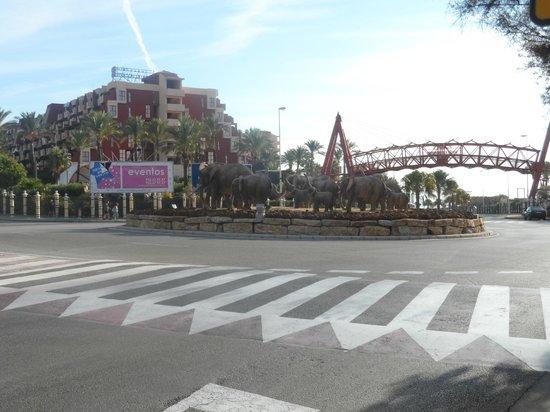 Holiday Village: bridge to bach cub