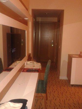 Marbel Hotel: Room 1