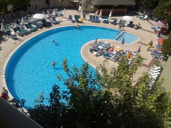 Marbel Hotel: Pool